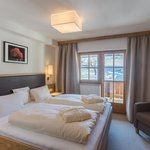 Photo of Double room, shower, toilet | © Hotel Chalets Grosslehen